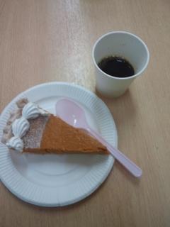 ケーキと飲み物.jpg